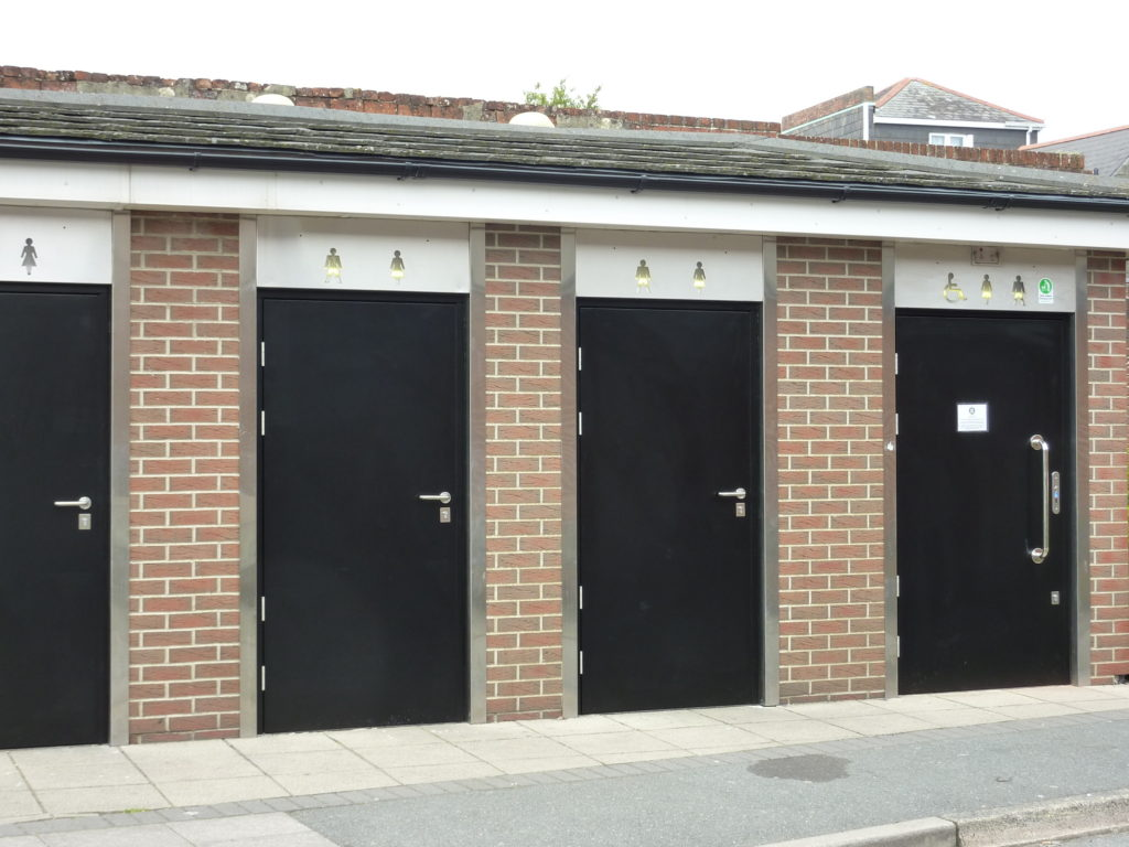 Photograph of replacement doors on public conveniences at The Cut, Cowes