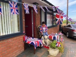 Mayor of Cowes commemorating VE Day 75th anniversary at home