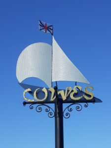 Cowes entry sign - for decorative purposes